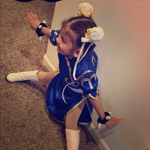 Other - kids Chun Li Costume fits 4-6 with all accessories
